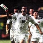 Yunis Mahmud celebra el gol que dio el triunfo a Irak. / REUTERS